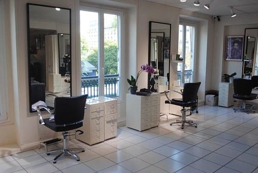 Ubezpieczenie salonu kosmetycznego i fryzjerów - zdjęcie